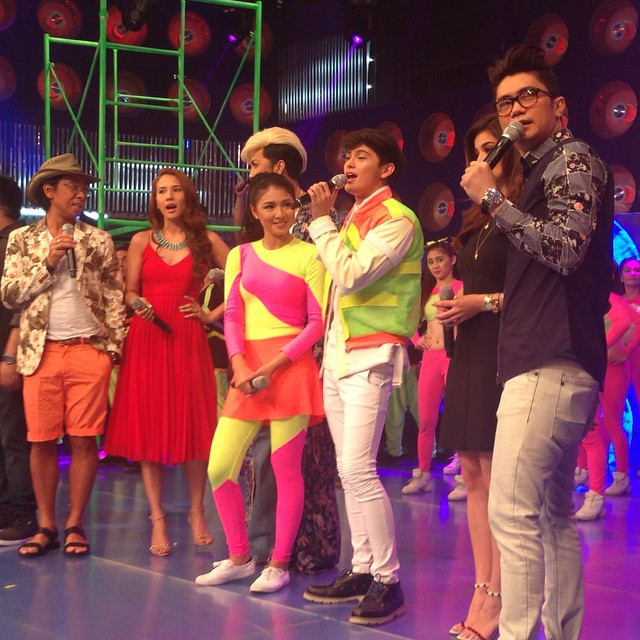 "PHOTOS: James vs Nadine on It's Showtime's ""Ansabe"""