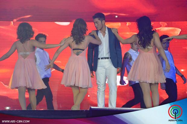PHOTOS: All Of Me's Yen and Arron spread love vibes at #ShowtimeKapamilyaDay
