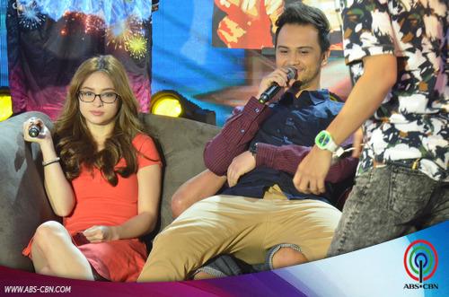 PHOTOS: Jamming time with It's Showtime hosts sa opening ng Magpasikat