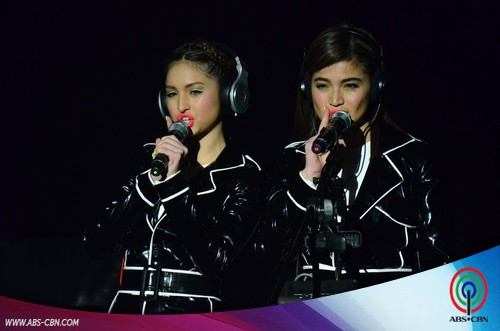 PHOTOS: #TeamAnneLeen in death-defying Magpasikat performance